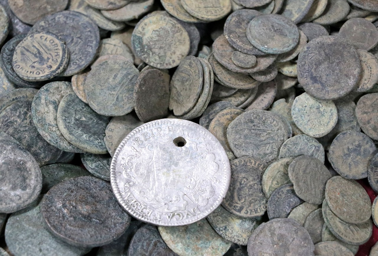The world's first coins were made around 600 BC in the kingdom of Lydia from an alloy of silver and gold